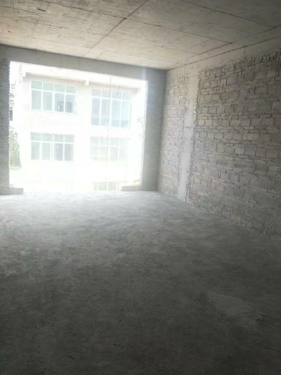 坛厂八卦园旁边枇杷小区3室 1厅 ,可首付15万