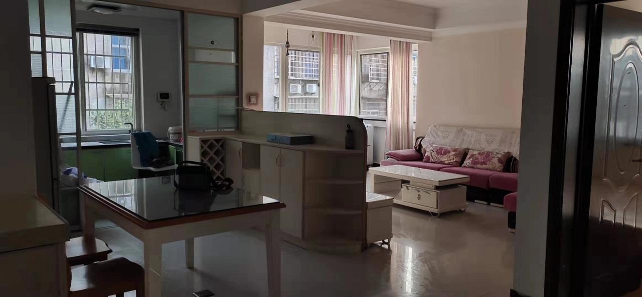 鹿溪中路3室 2廳 1衛132萬元