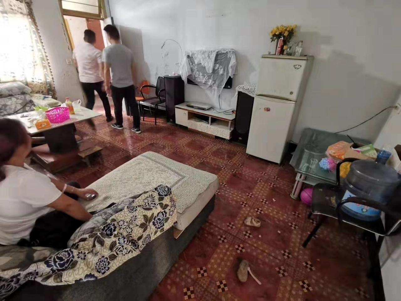 塔坪路片区3室 1厅 1卫32.8万元