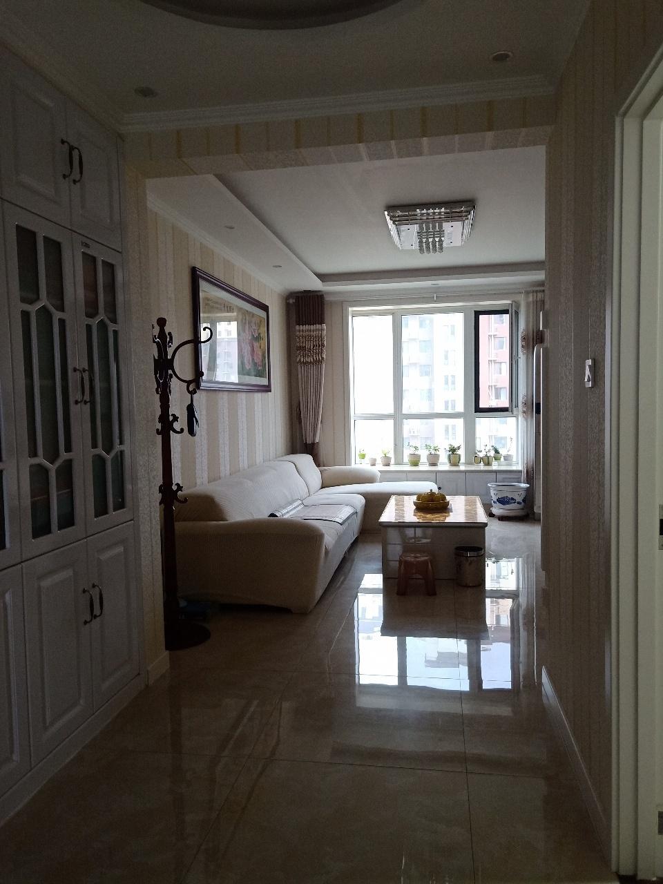 西苑華庭2室 2廳 1衛100萬元
