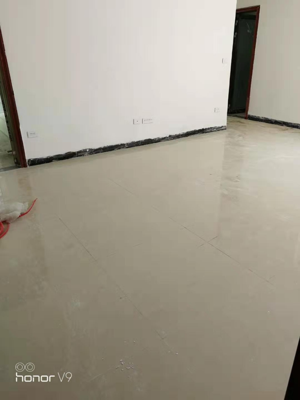 急售东兴苑2室 1厅 1卫半装修房