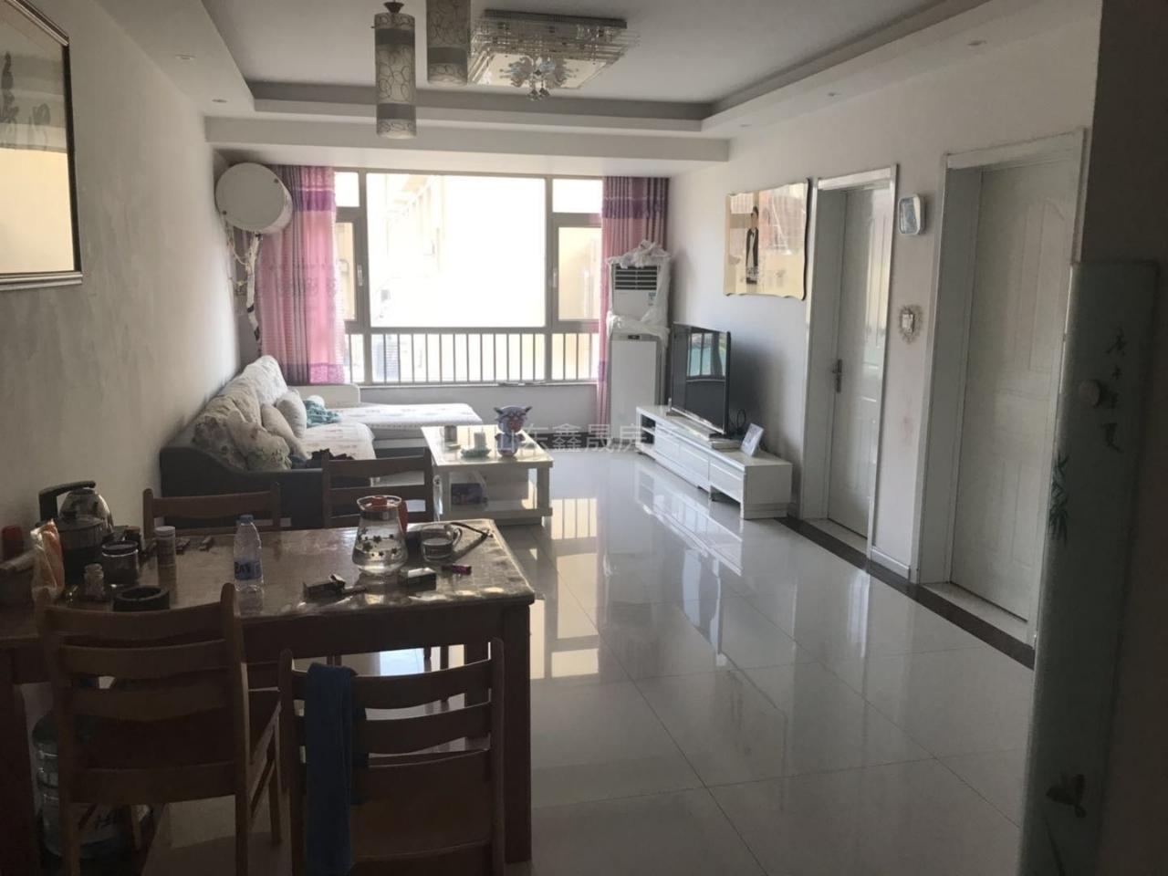天元上东城3室 2厅 1卫72万元
