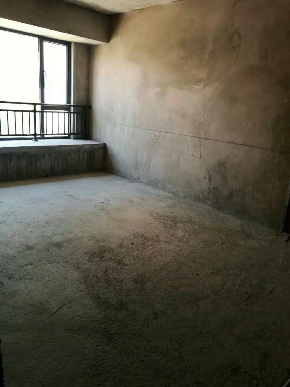 新天地2室 2厅 1卫32.8万元