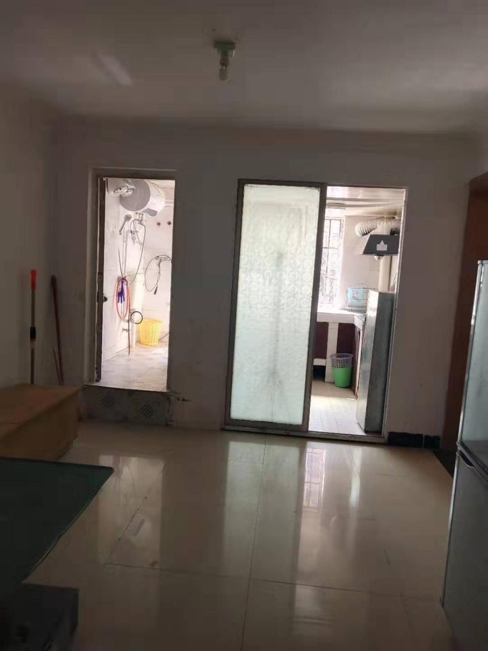 紫江花园3室 1厅 1卫38.8万元