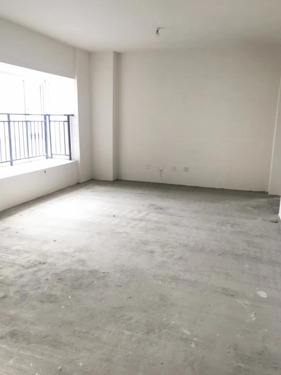 御府3室 2厅 1卫76.8万元