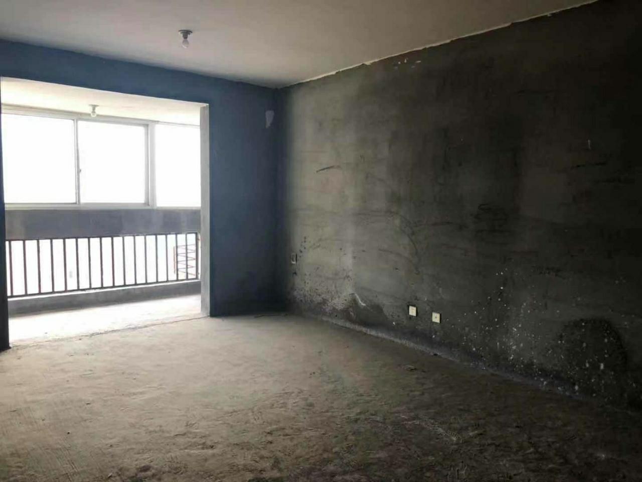 汝河外滩3室 2厅 2卫57万元