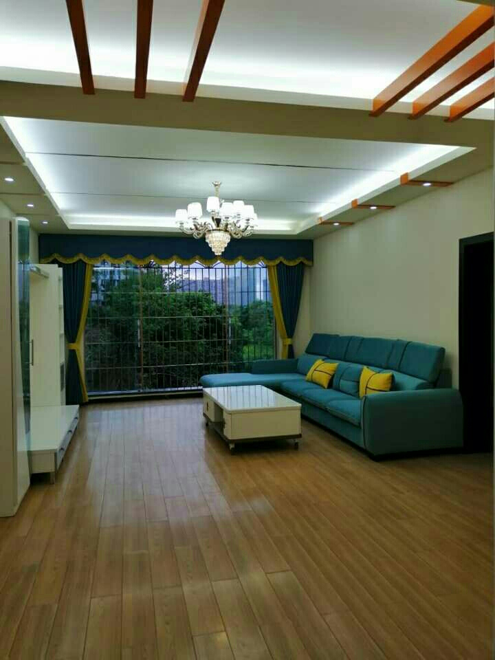 利城花园3室 2厅 2卫59.8万元