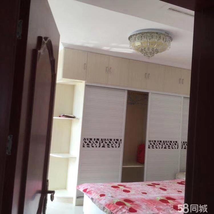 政泰苑3室 2厅 2卫73万元