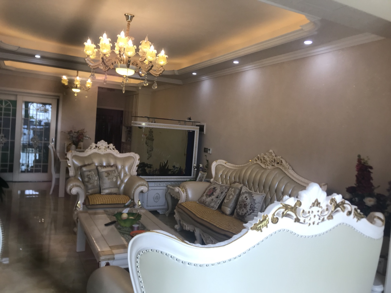 摩尔国际3室 2厅 2卫99.8万元