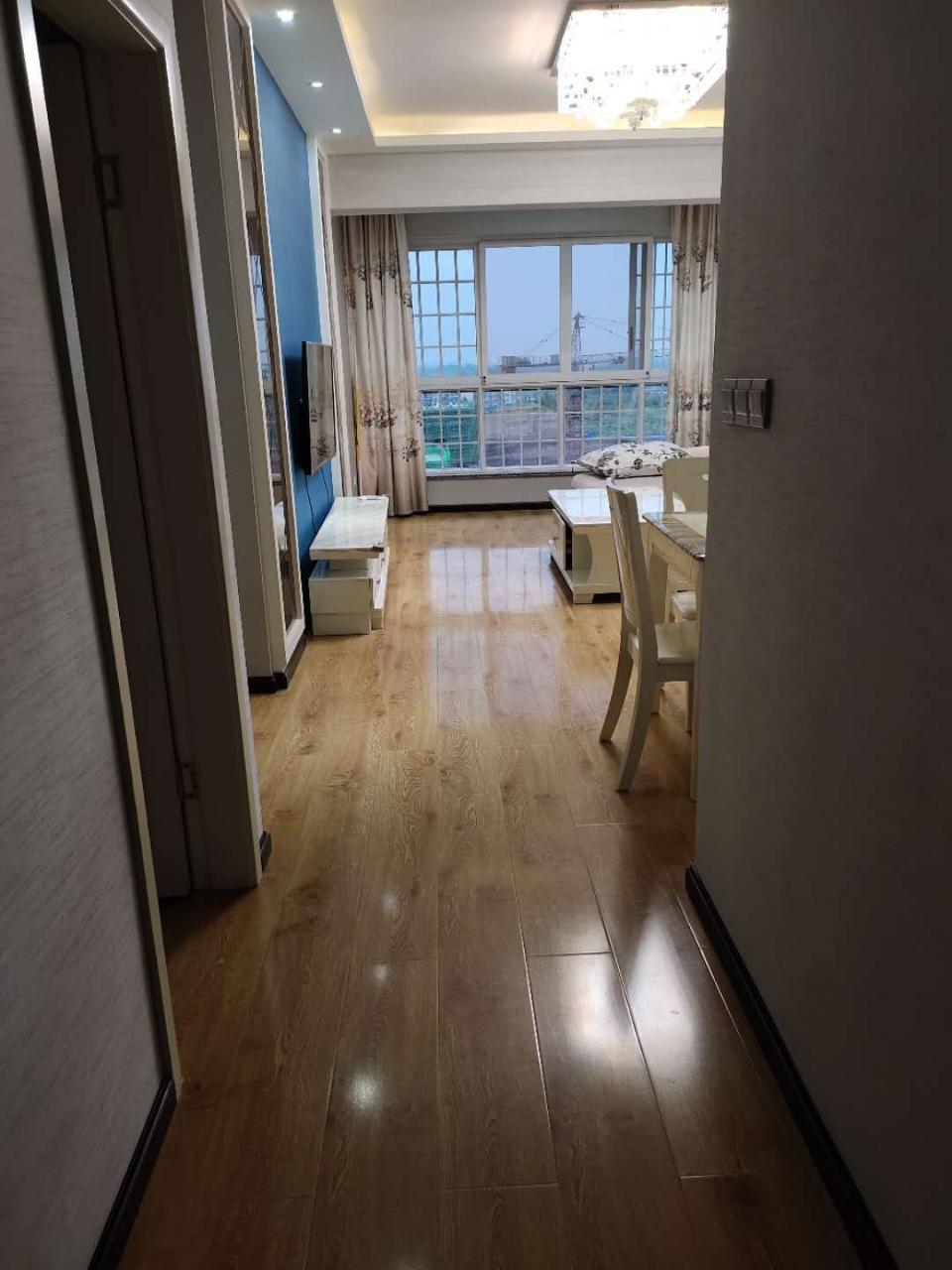 10789西城壹号11楼精装3室