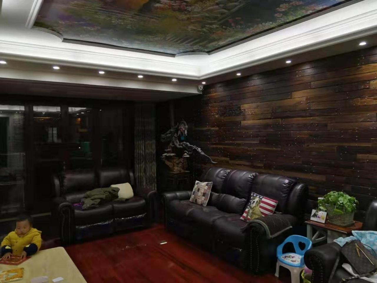 春江花园3室 2厅 2卫125万元