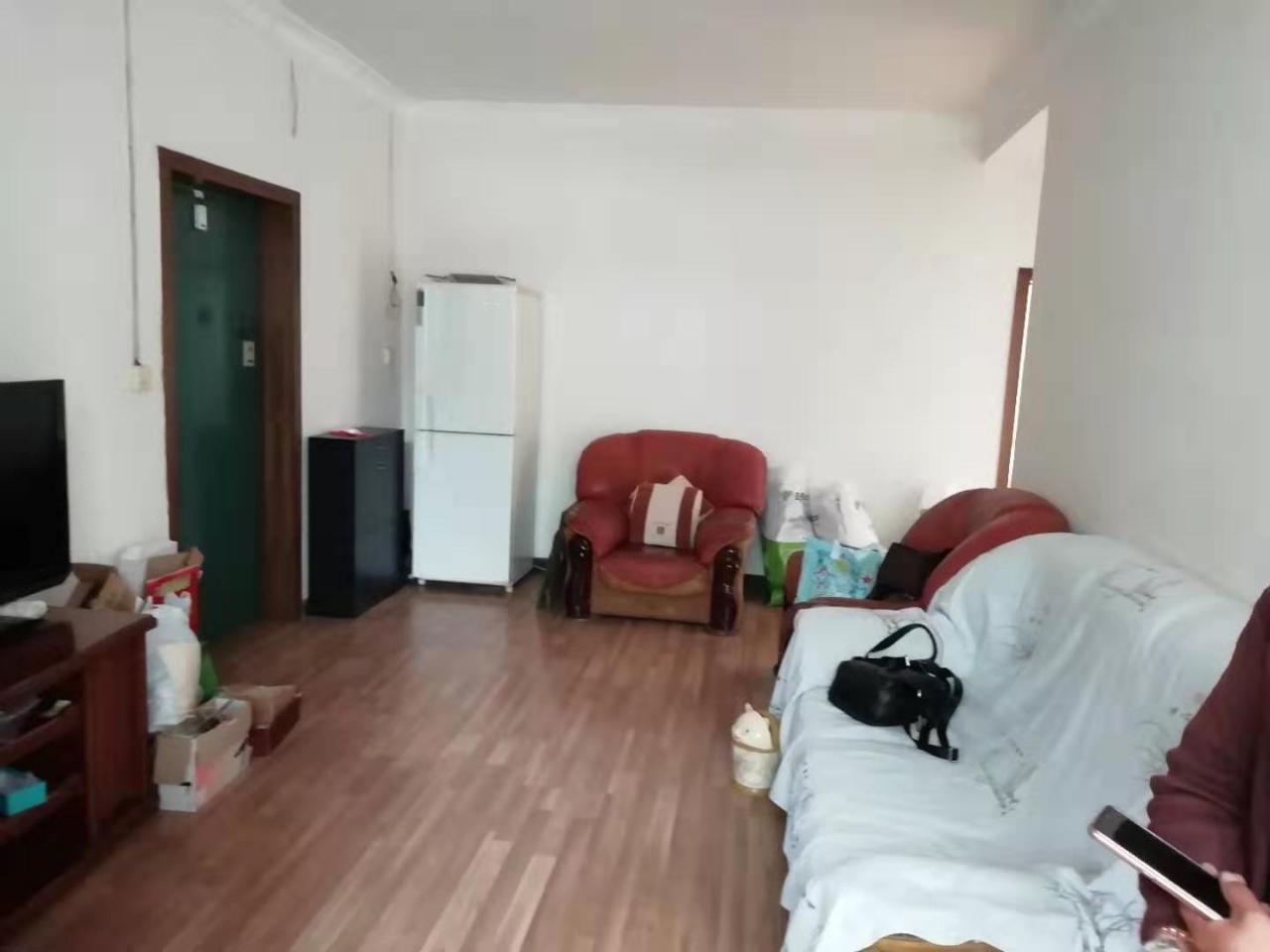 金都賓館3室 2廳 1衛39.8萬元