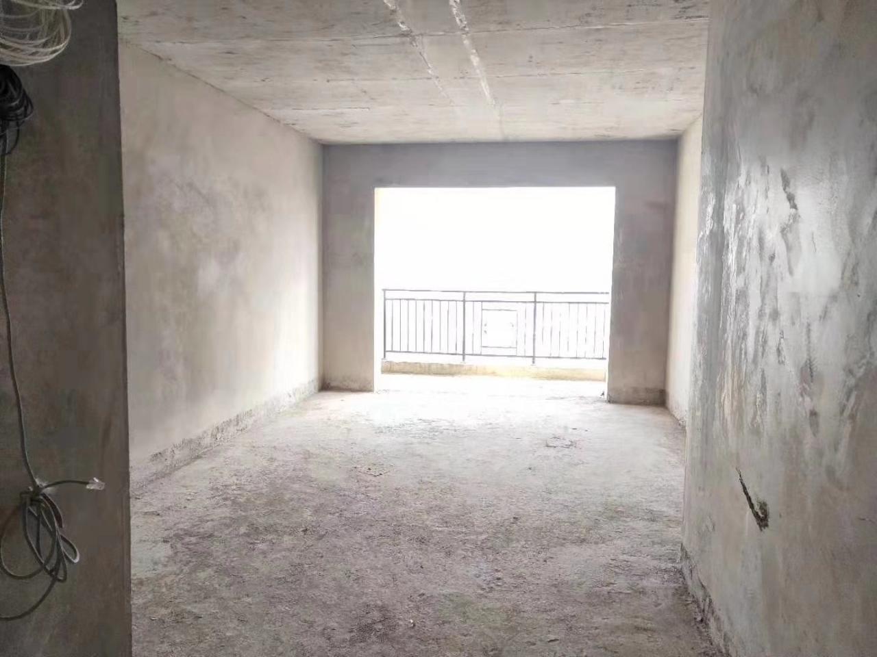 太阳城3室 2厅 2卫69.8万元