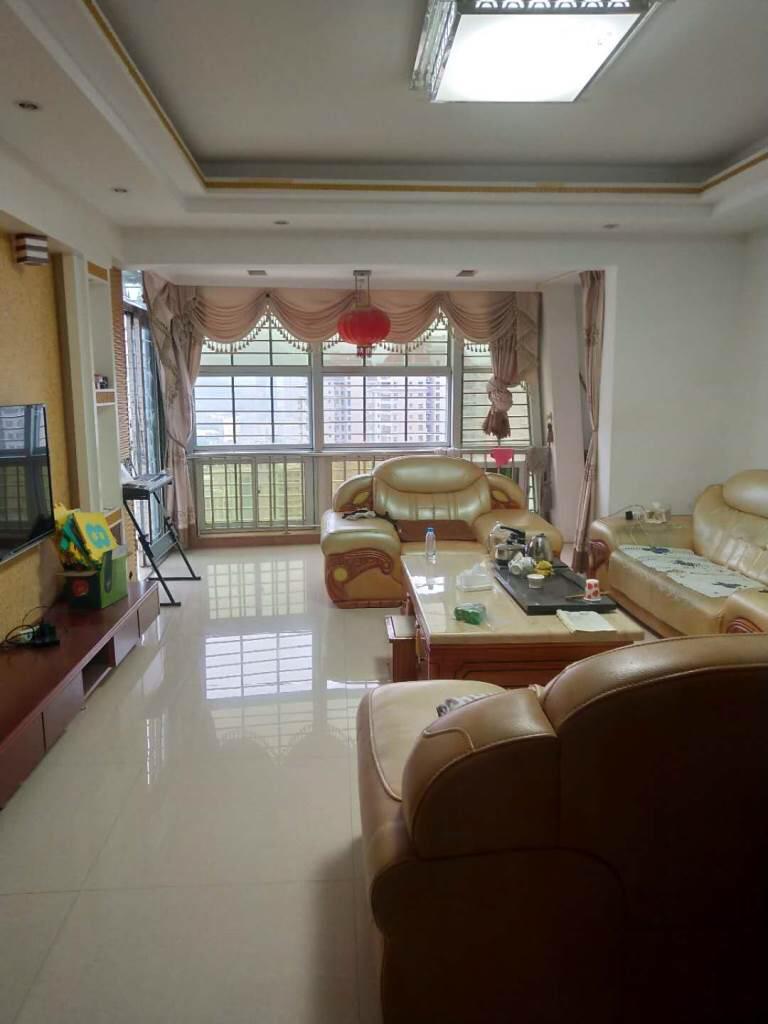 百宏滨江花苑3室 2厅 2卫120万元