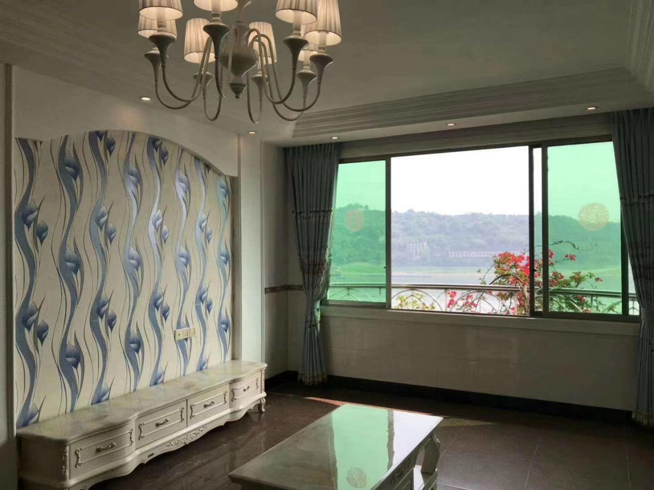 江南小区小桥子3室 2厅 2卫49.8万元