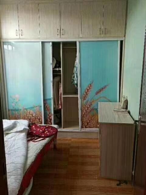 四小學區房2室 2廳 1衛17.8萬元