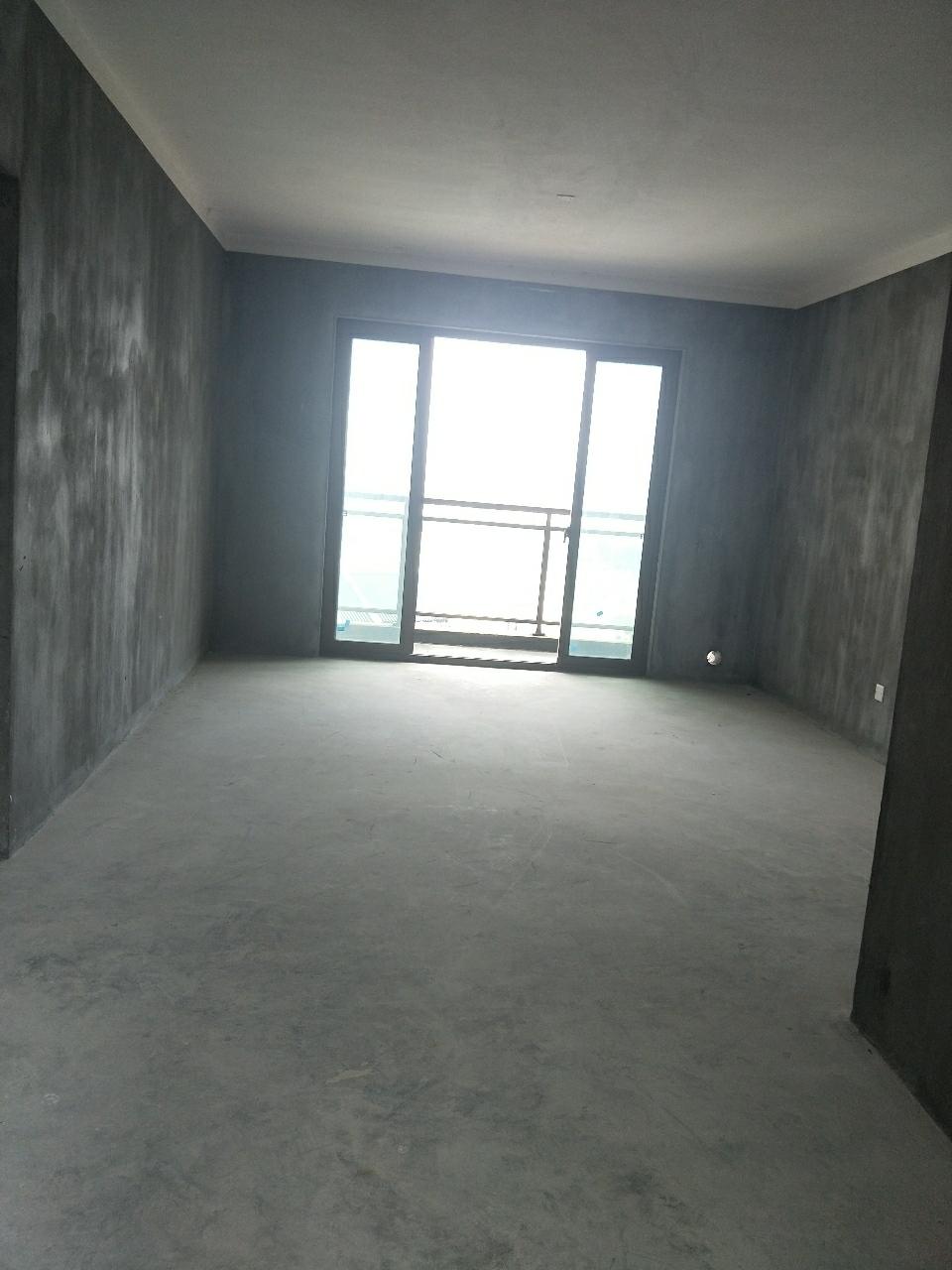 广银 · 大通豪庭3室 2厅 1卫62.8万元