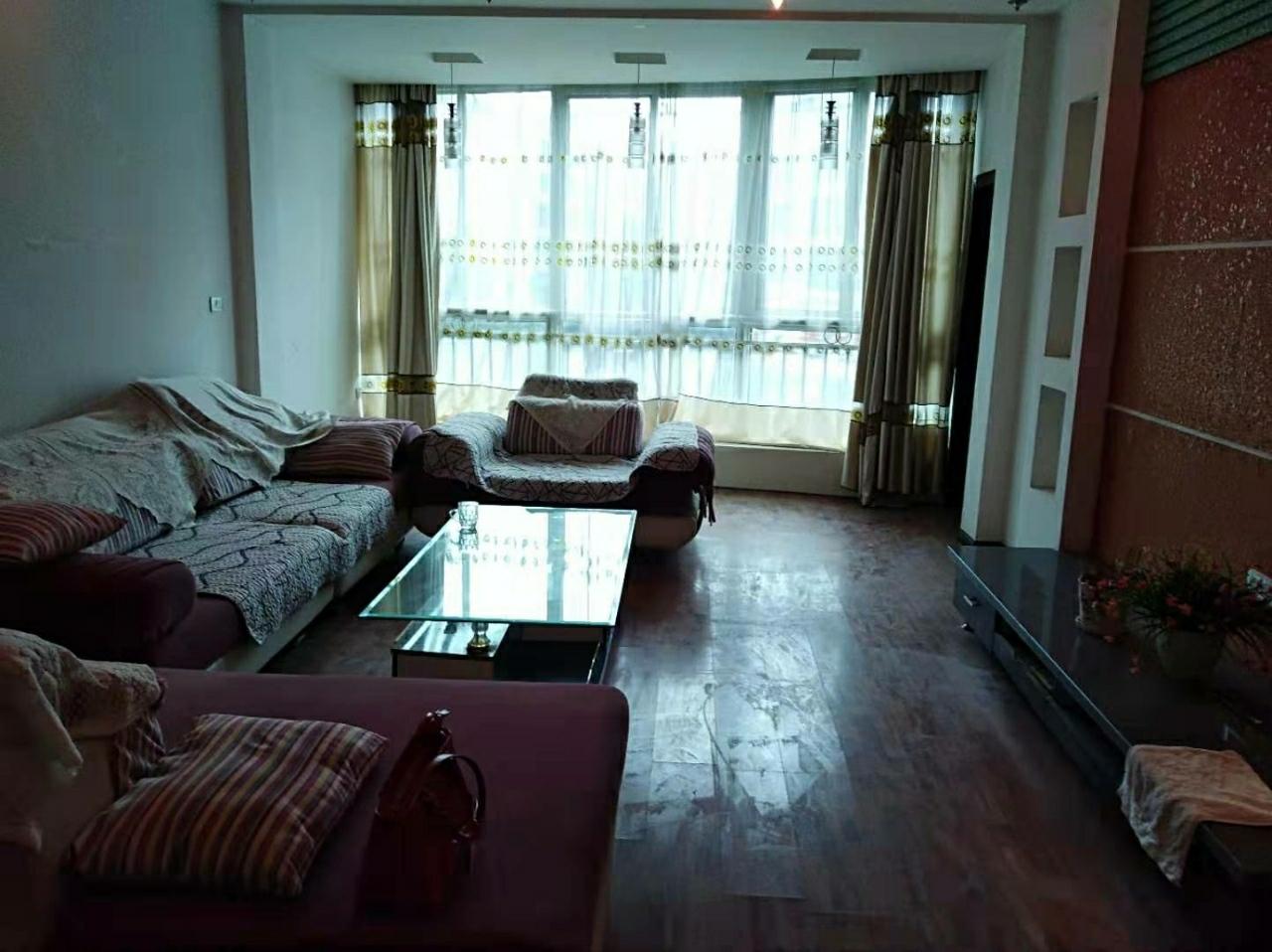 羽翔苑3室 2厅 2卫55.8万元