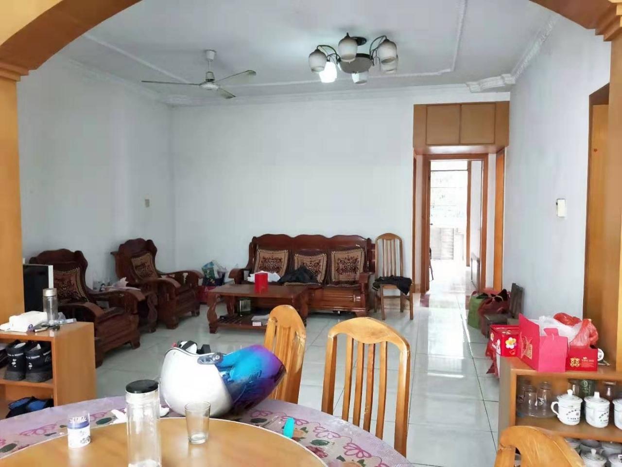 太阳城旁边,文都山庄3室 ,2楼,精装修