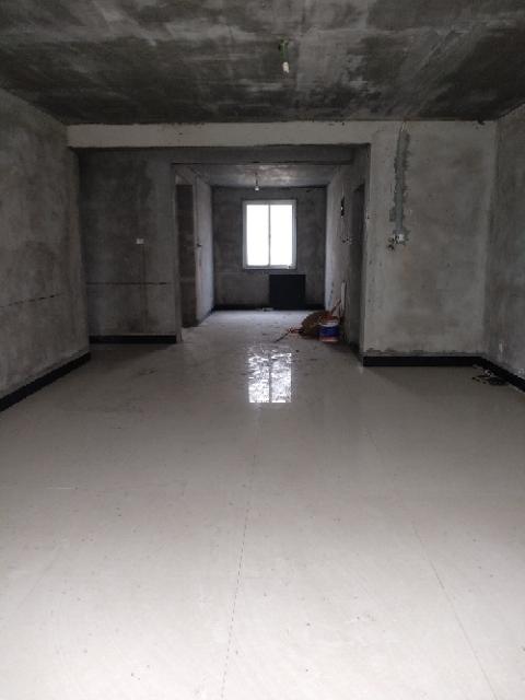 周李小区(天和嘉苑)3室 2厅 2卫52万元