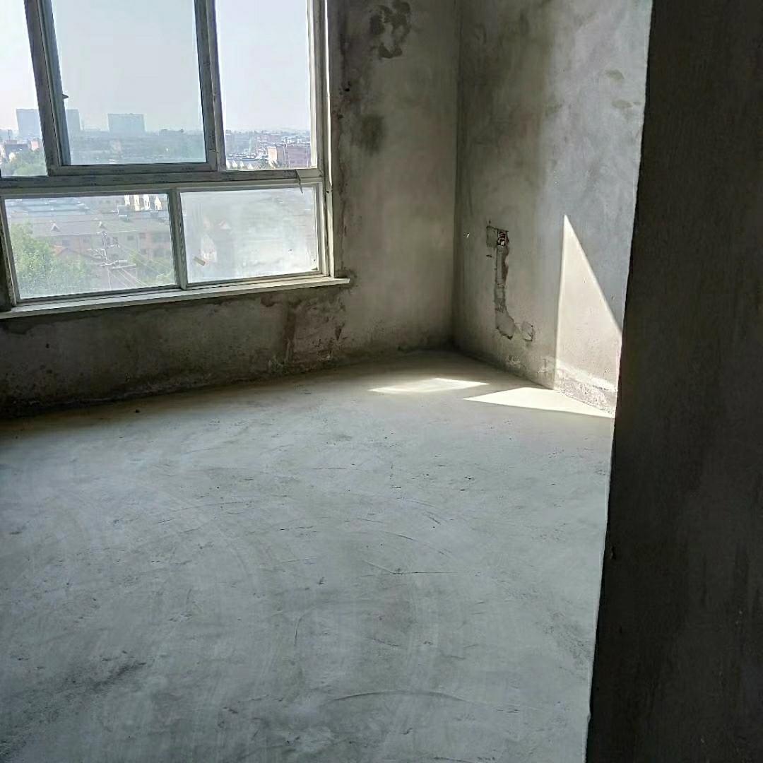 锦泽苑3室 2厅 2卫94万元