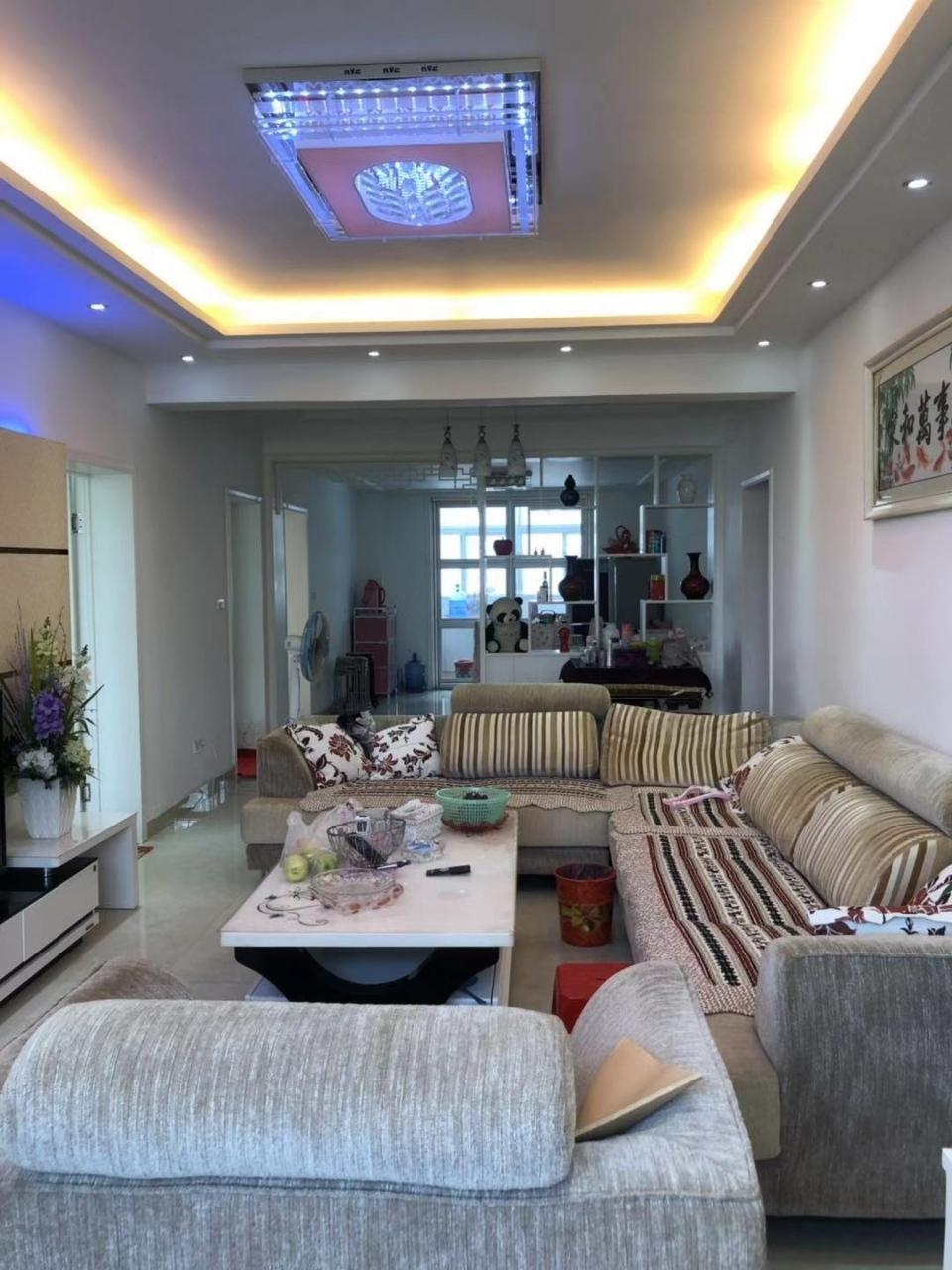 翠竹园3室 2厅 2卫50万元