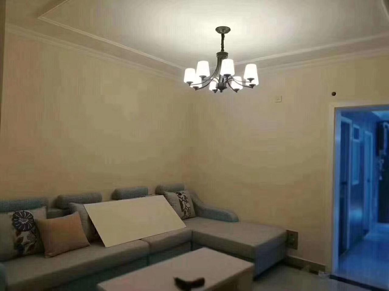 宁馨苑3室 2厅 1卫66.8万元
