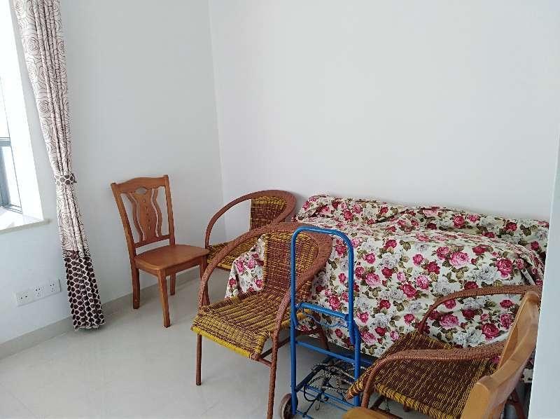 大印经典花园2室 2厅 2卫105万元