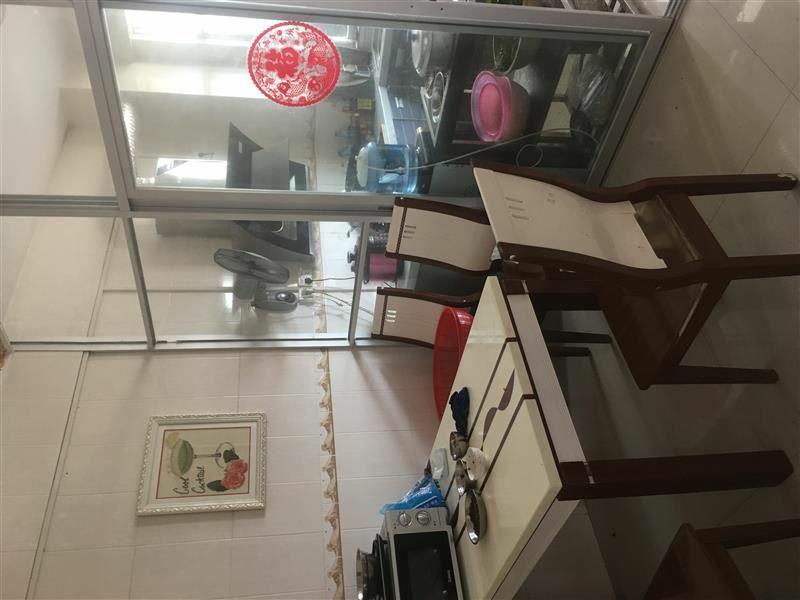 中山苑B区4室 2厅 2卫45万元