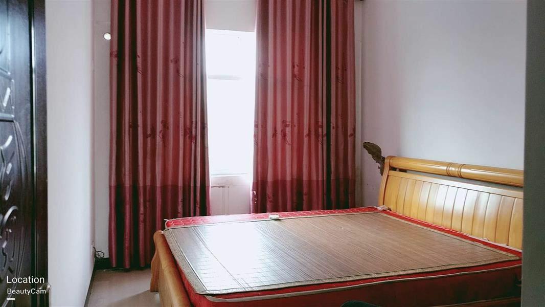 中山苑B区3室 2厅 1卫37万元