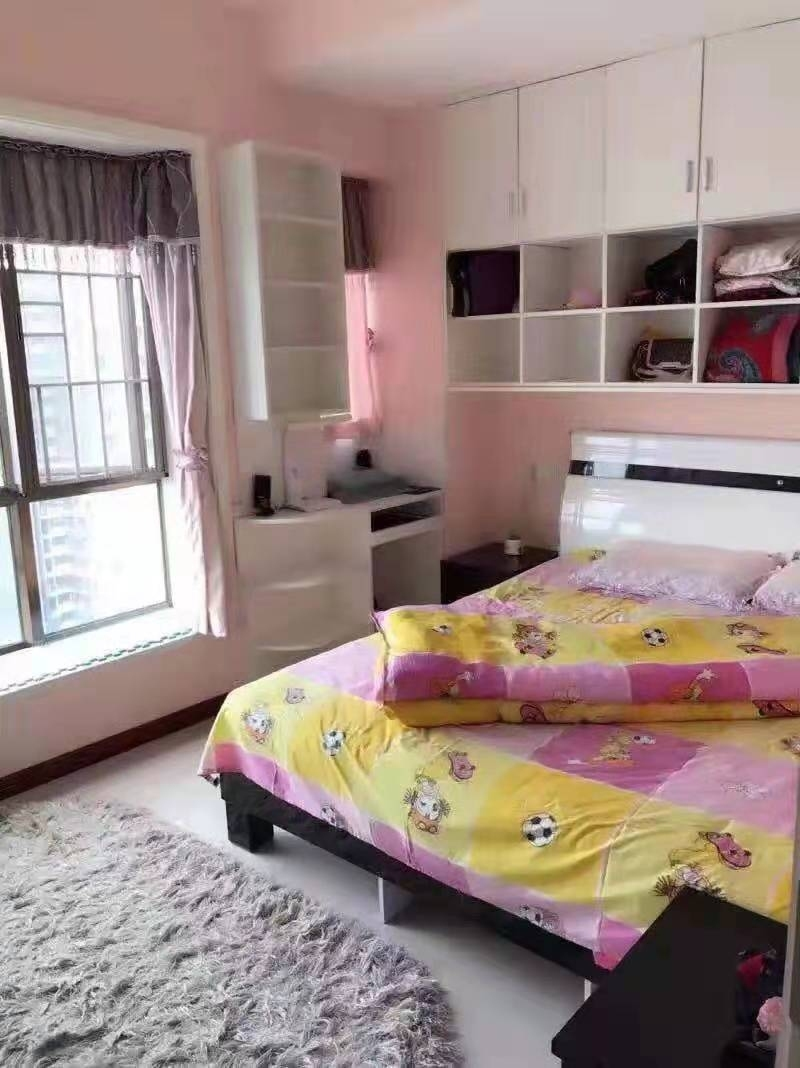 中铁仁禾广场2室 1厅 1卫63万元