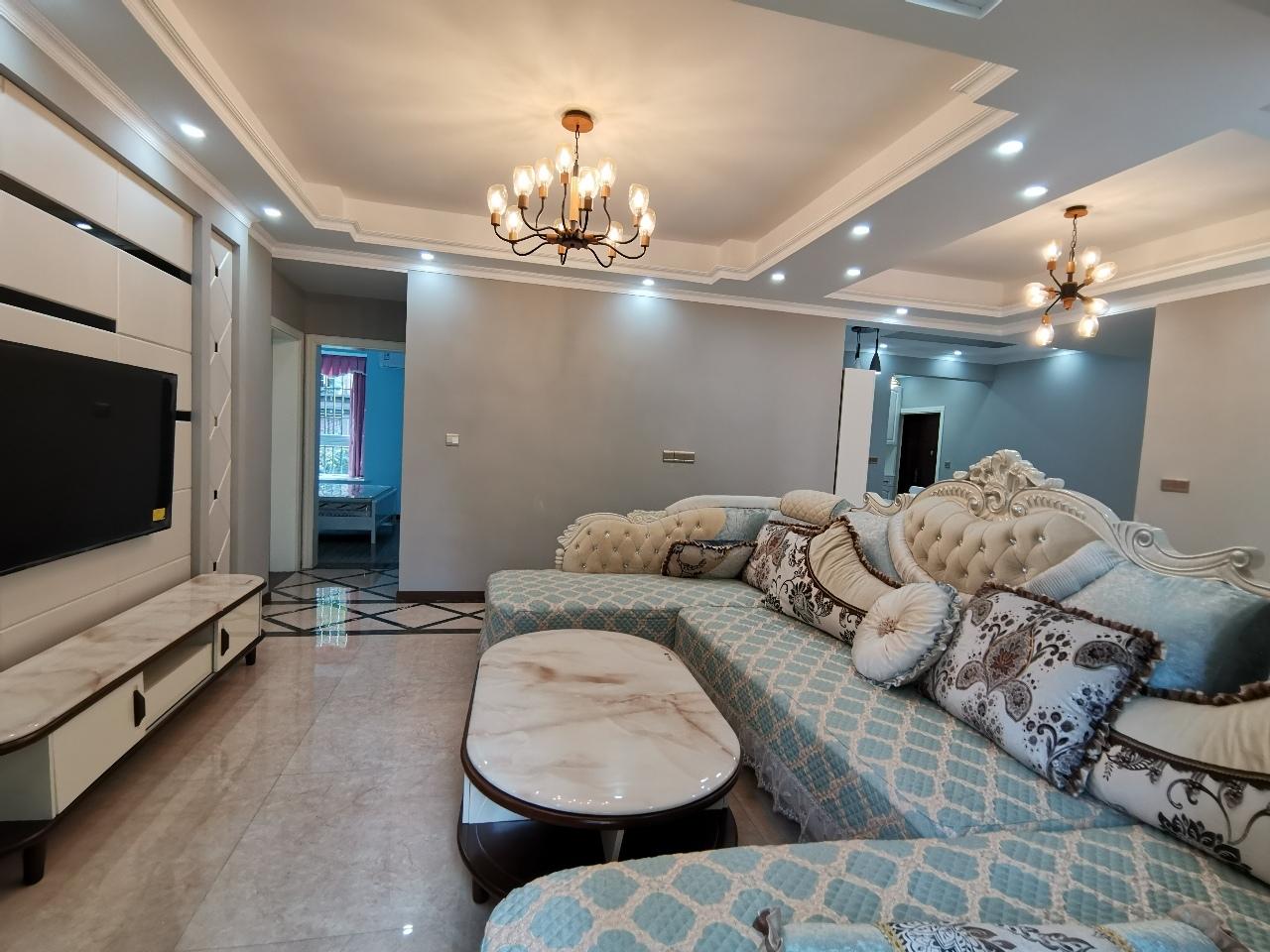 世紀花城4室 2廳 2衛88萬元
