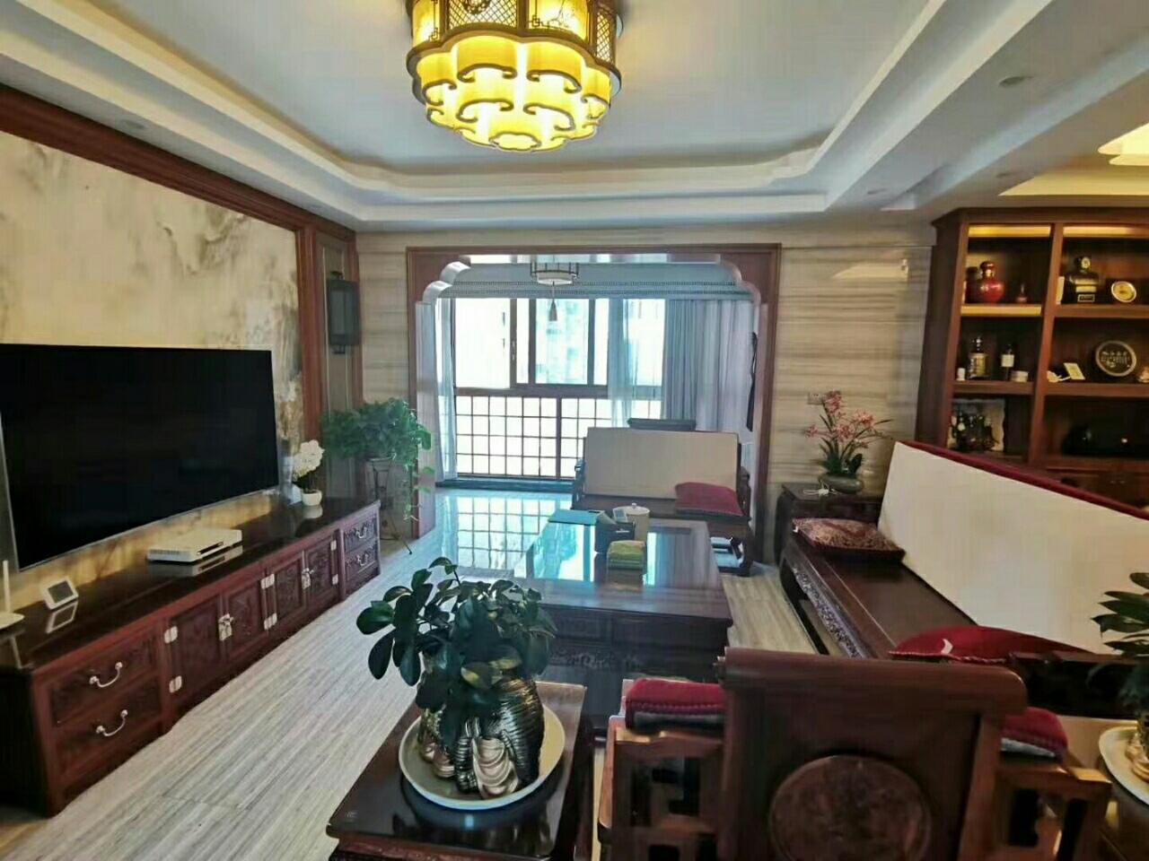 仁怀国酒城4室 2厅 2卫145万元