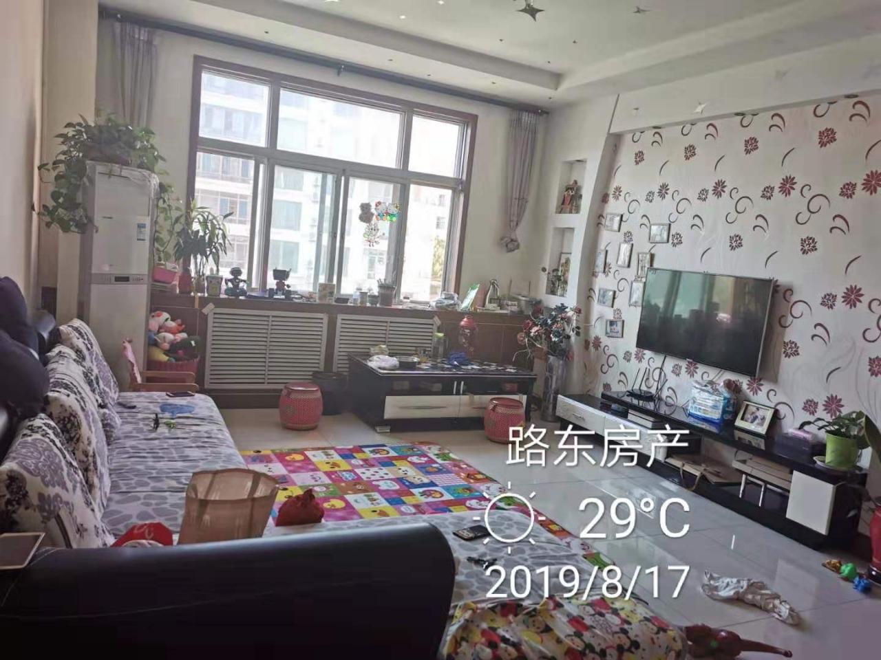 31512京博花苑3室 2厅 1卫95万元