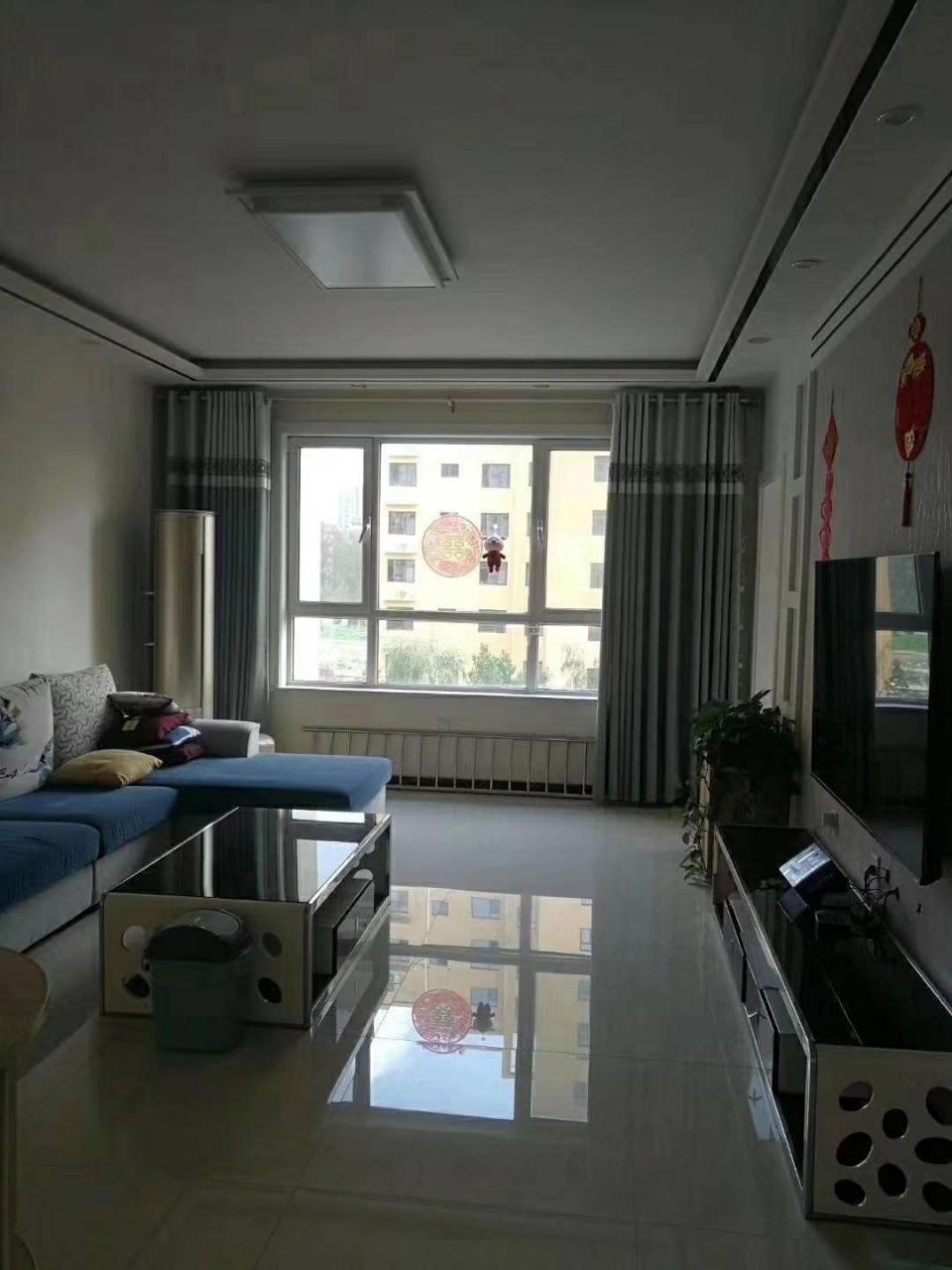 祥和里3室 2厅 2卫136万元