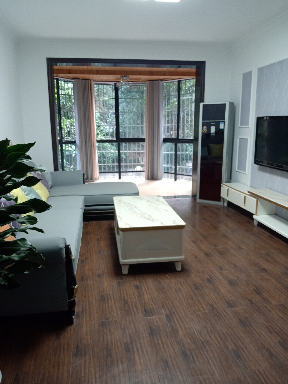 恒利国际3室 2厅 1卫62.8万元