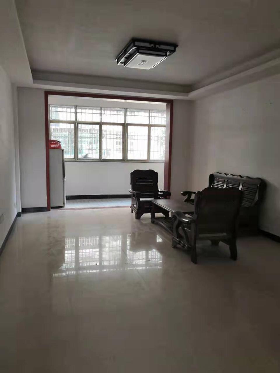 吉景豪庭3室 2廳 2衛73萬元
