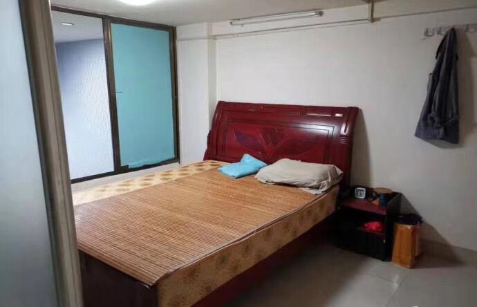 新加坡花园2室 1厅 1卫70万元