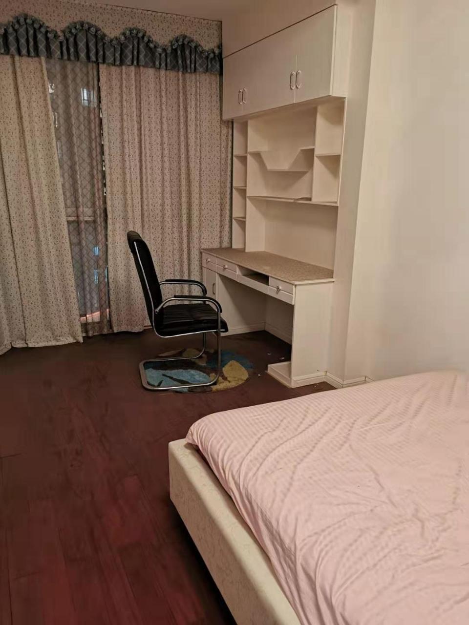 天田阳光水岸3室 2厅 2卫77万元