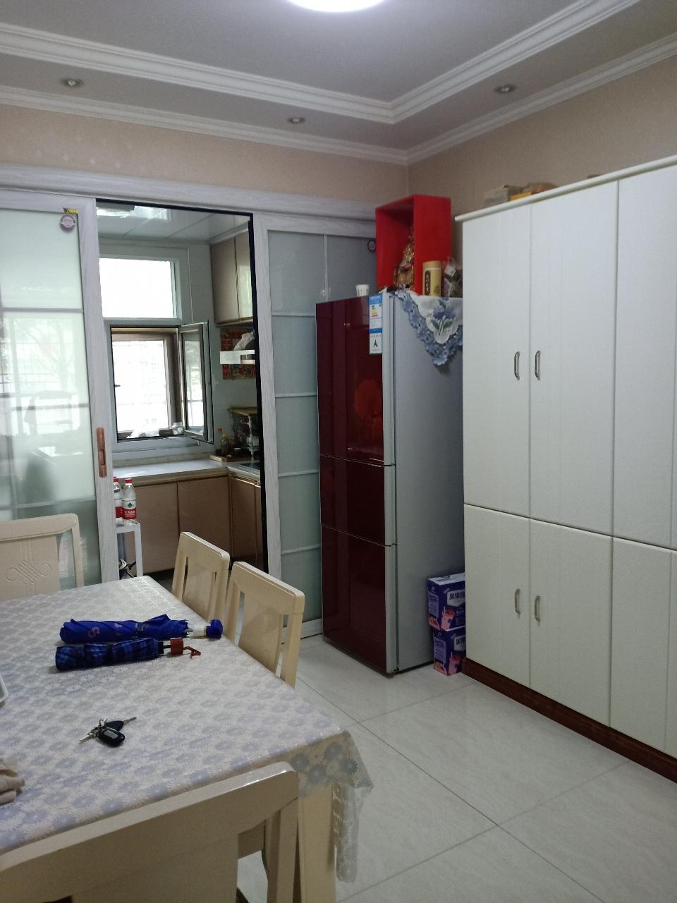 雍和小區新房2室 2廳 1衛54萬元