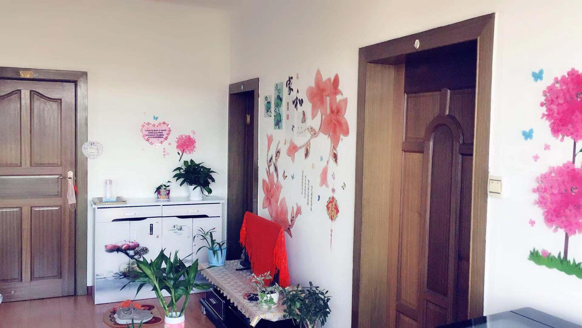 陶瓷家属楼2室 1厅 1卫21.5万元