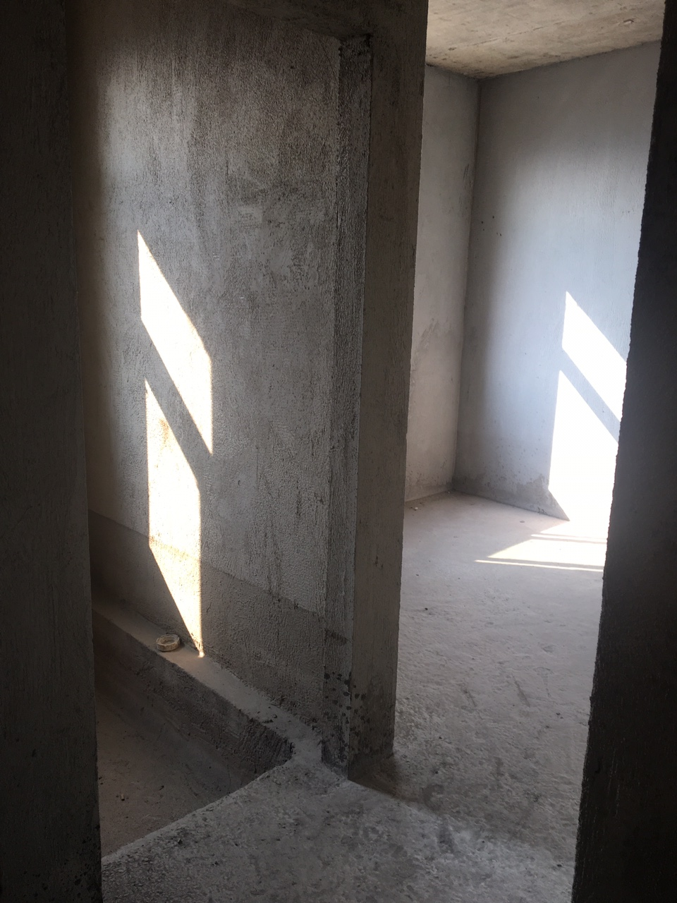 華龍城新房直簽售樓部