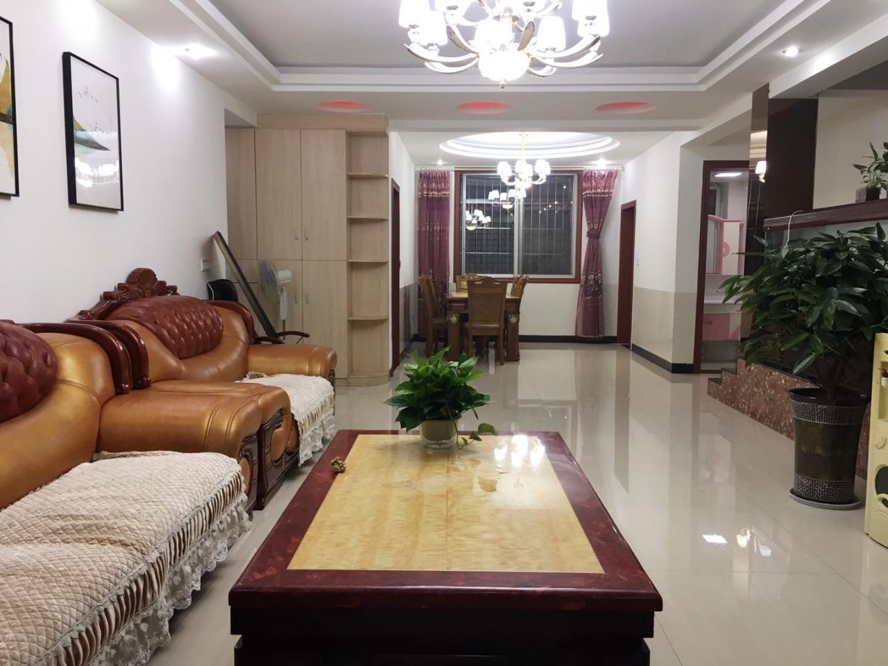 嘉信名苑4室 3厅 2卫76.8万元