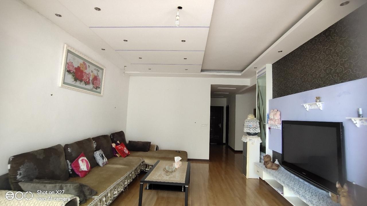 開州大道中段3室 2廳 1衛56.8萬元