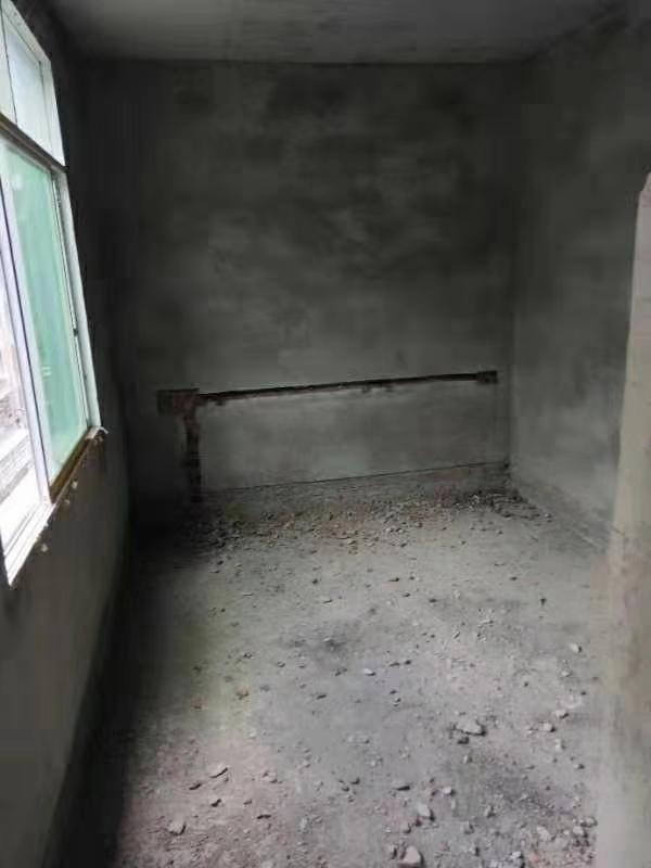 大平子3室 1厅 1卫14.8万元