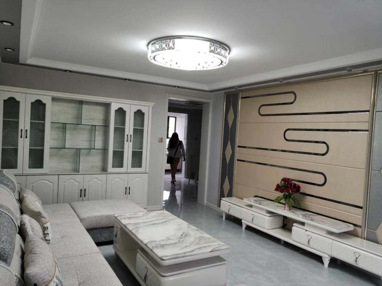 新城区汉王酒店附近精装房按揭急售3室 2厅 1卫48.8万元