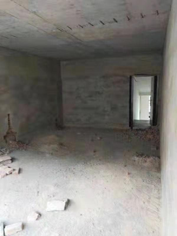 大坪子小區3室 1廳 1衛14.8萬元
