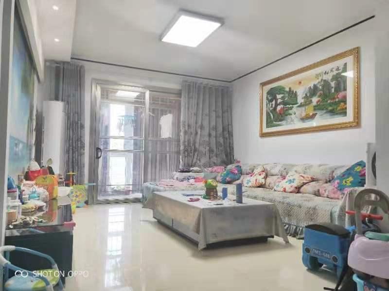 秦正华庭3室 2厅 2卫69.9万元
