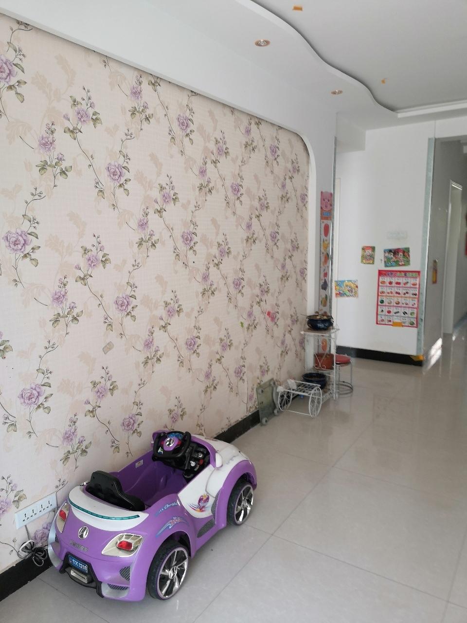 翰海明珠98平米精裝修的2樓,4樓出售2室 2廳 1衛54.8萬元