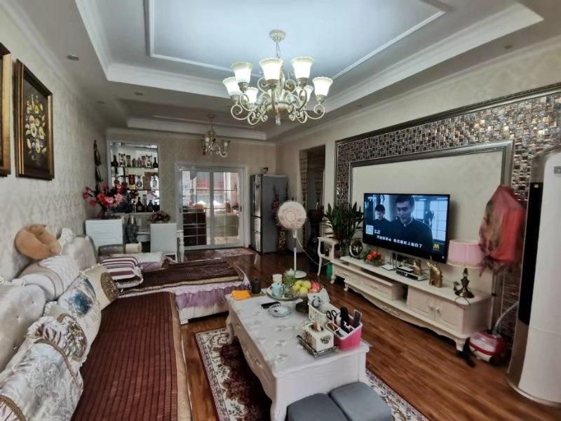 世紀花城2室 2廳 1衛56.5萬元
